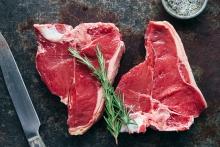 Μην πλένετε το κρέας πριν το μαγειρέψετε