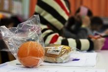 Το Ινστιτούτο Prolepsis για τα οφέλη επέκτασης των σχολικών γευμάτων σε όλα τα σχολεία