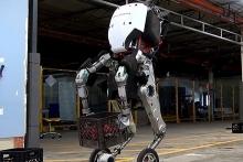 Οι απίστευτες ικανότητες του νέου ρομπότ της Boston Dynamics
