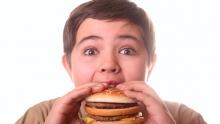 Πρώτη η Ελλάδα σε ποσοστό παχύσαρκων αγοριών στην Ευρώπη