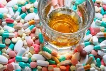 Άμα παίρνεις αυτά τα φάρμακα, μην το πίνεις το ρημάδι...