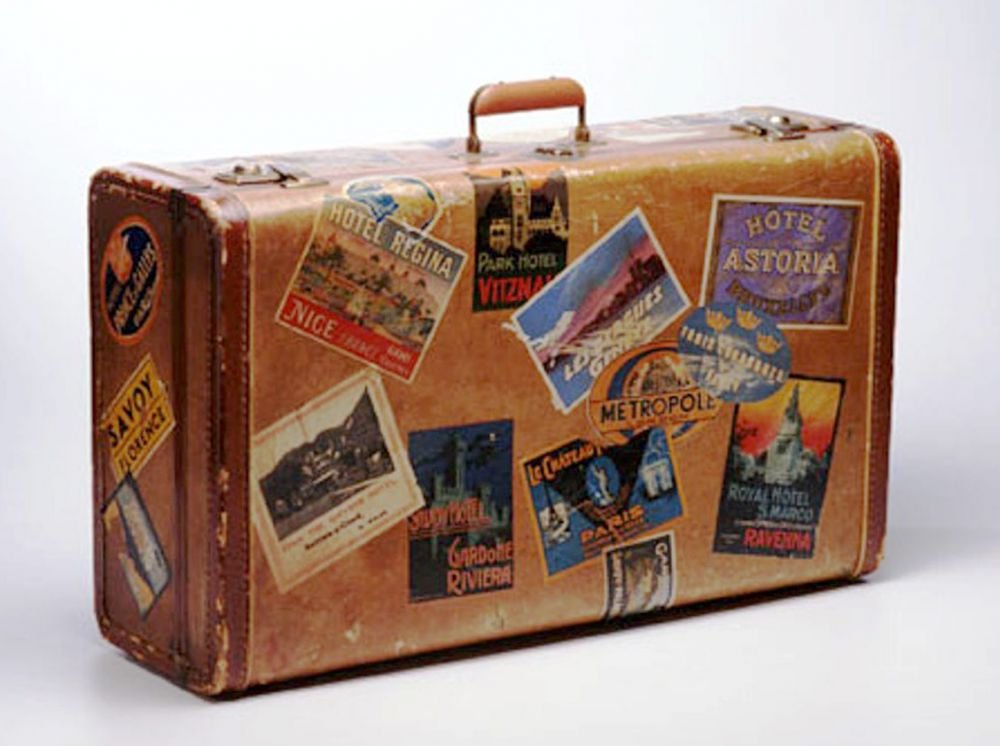 6915 10 suitcase credit getty 1128a aol lifestyle uk 11102010