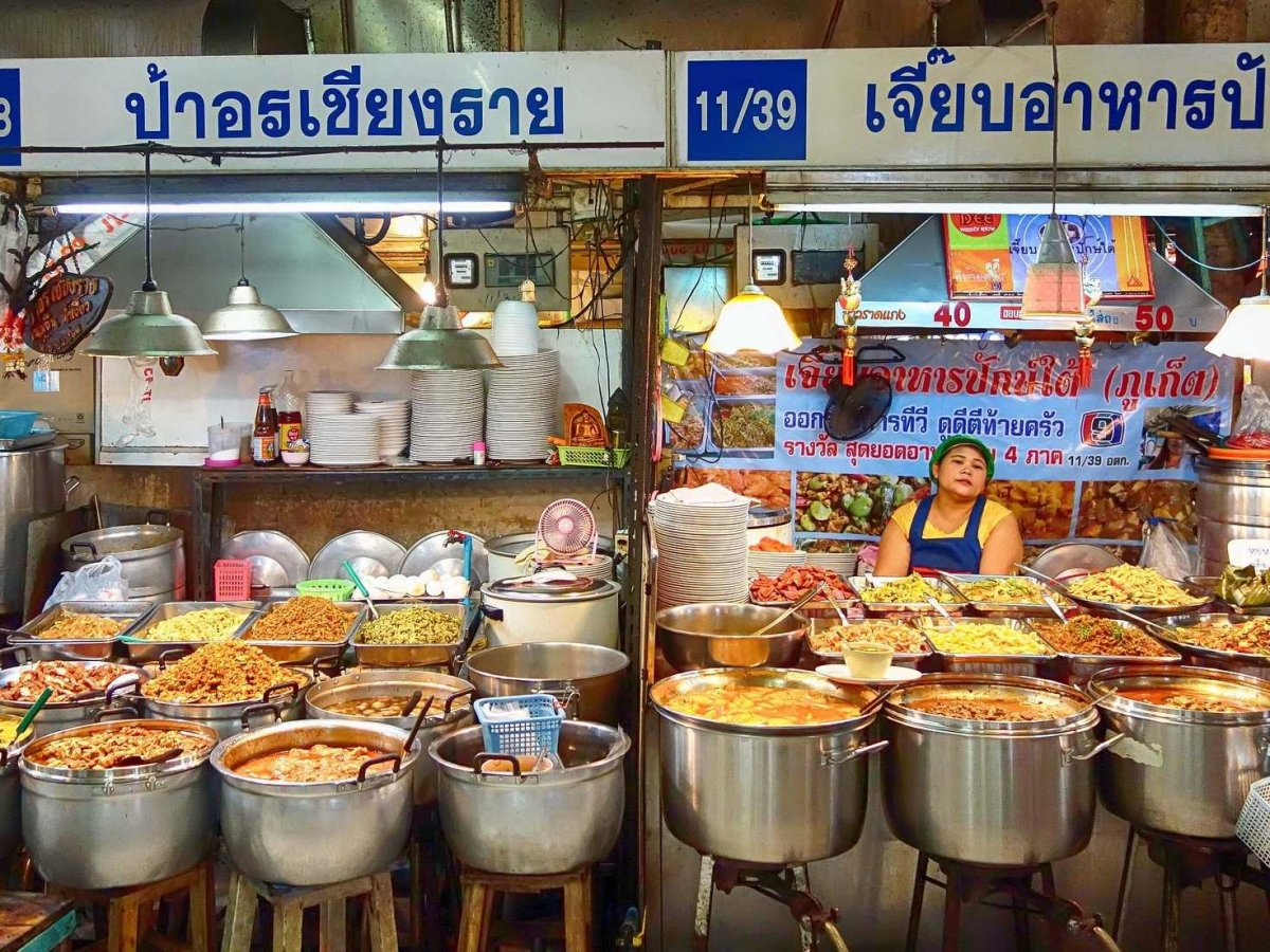 sample-authentic-local-street-food--satay-pad-thai-fried-fish--in-thailand