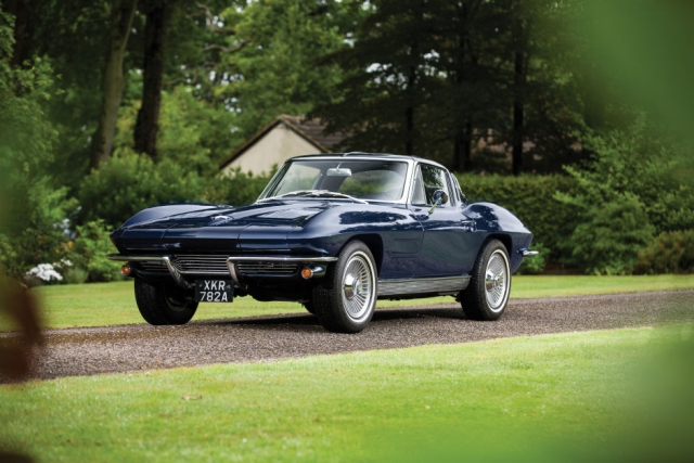 Μια πολύ σπάνια vintage Chevrolet Corvette Sting Ray